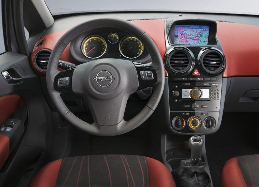Opel Corsa - Foto 17 di 131