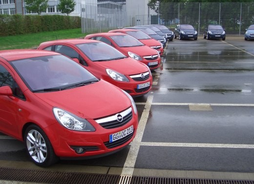 Opel Corsa - Foto 71 di 131