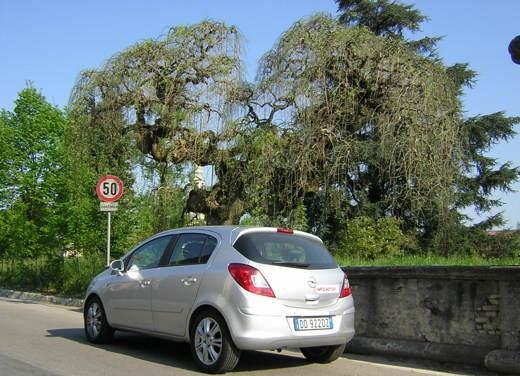 Opel Corsa - Foto 116 di 131