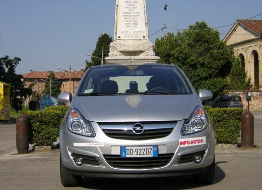 Opel Corsa - Foto 117 di 131