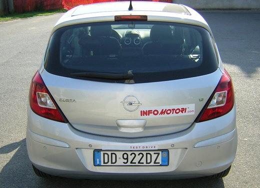 Opel Corsa - Foto 120 di 131