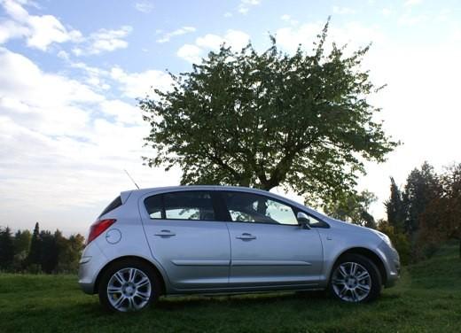 Opel Corsa - Foto 128 di 131