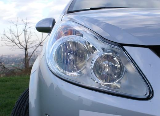 Opel Corsa - Foto 130 di 131