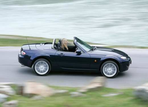 Mazda MX-5 Roadster Coupè – Long Test Drive - Foto 9 di 68