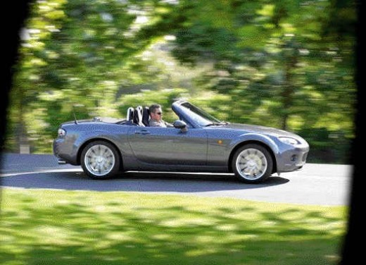 Mazda MX-5 Roadster Coupè – Long Test Drive - Foto 29 di 68