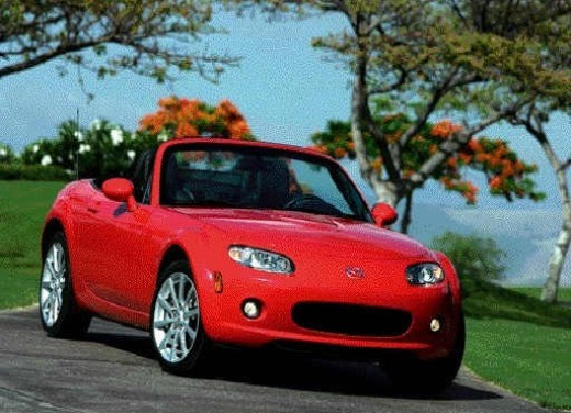 Mazda MX-5 Roadster Coupè – Long Test Drive - Foto 31 di 68