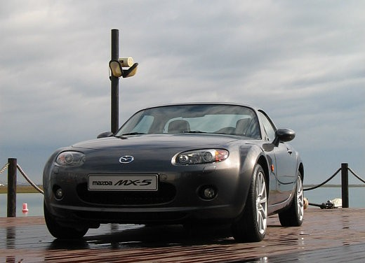 Mazda MX-5 Roadster Coupè – Long Test Drive - Foto 19 di 68