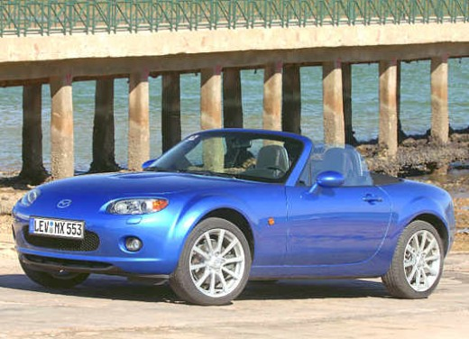 Mazda MX-5 Roadster Coupè – Long Test Drive - Foto 22 di 68