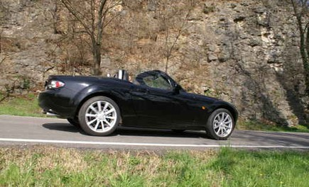 Mazda MX-5 Roadster Coupè – Long Test Drive - Foto 48 di 68