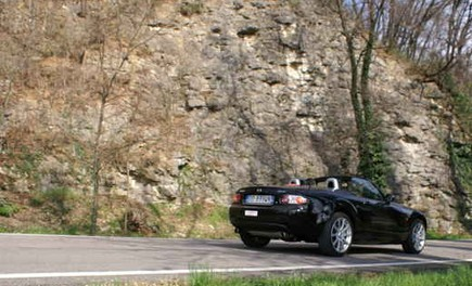 Mazda MX-5 Roadster Coupè – Long Test Drive - Foto 49 di 68