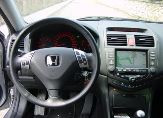 Honda Accord Tourer 2.2 i-Dtec – Long Test Drive - Foto 5 di 25