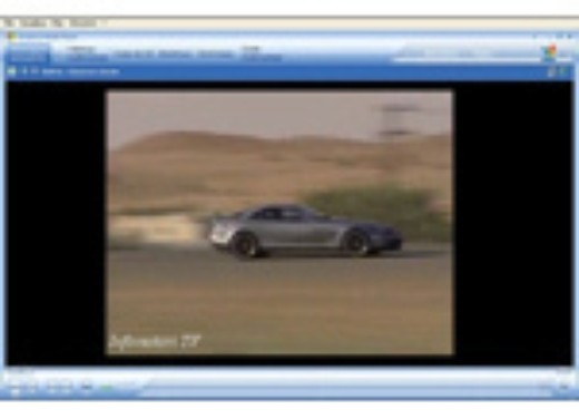 Mercedes SLR 722 Test Drive Report Video - Foto 1 di 29