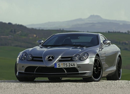 Mercedes SLR 722 Test Drive Report Video - Foto 8 di 29