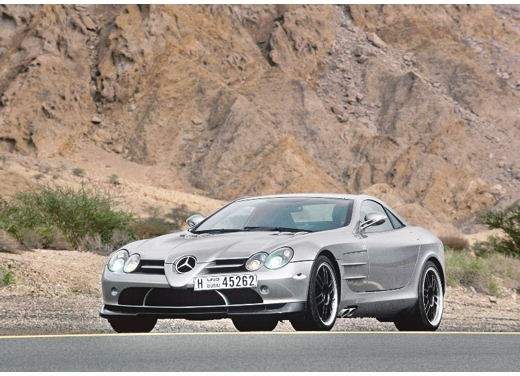Mercedes SLR 722 Test Drive Report Video - Foto 12 di 29