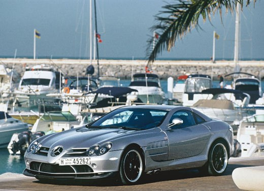 Mercedes SLR 722 Test Drive Report Video - Foto 19 di 29