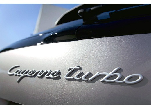 Porsche Cayenne Turbo – Long Test Drive - Foto 28 di 57