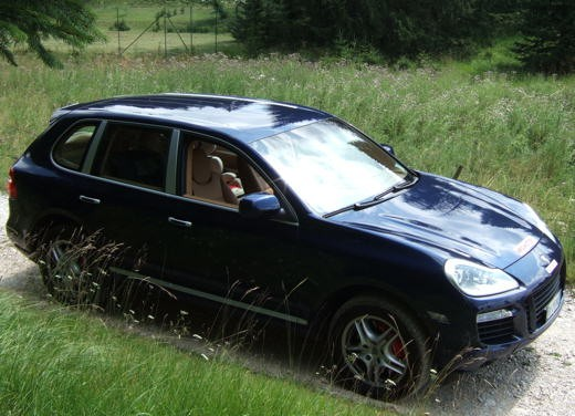 Porsche Cayenne Turbo – Long Test Drive - Foto 44 di 57
