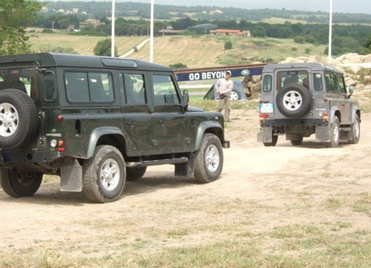 Land Rover Defender 2007 – Test Drive - Foto 21 di 46