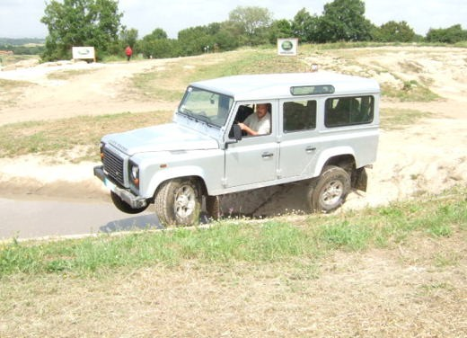 Land Rover Defender 2007 – Test Drive - Foto 25 di 46