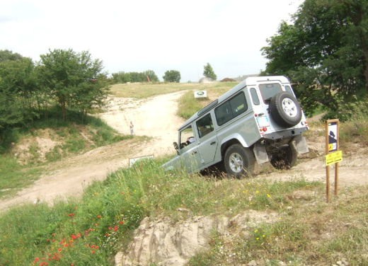 Land Rover Defender 2007 – Test Drive - Foto 31 di 46