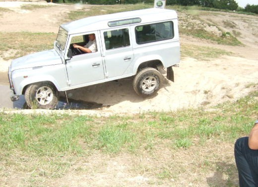Land Rover Defender 2007 – Test Drive - Foto 34 di 46