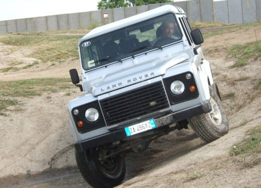 Land Rover Defender 2007 – Test Drive - Foto 8 di 46