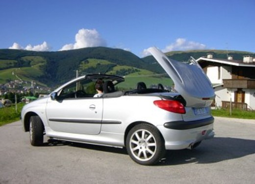peugeot 206 cc 1600 test drive foto 5 infomotori. Black Bedroom Furniture Sets. Home Design Ideas