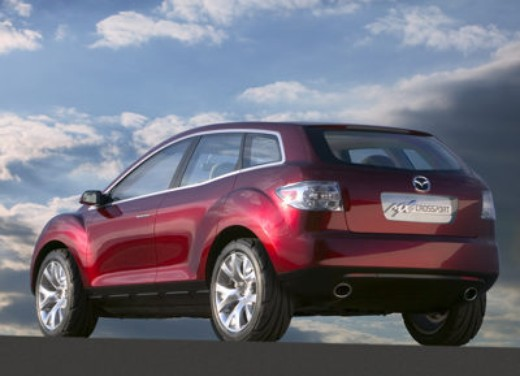 Nuova Mazda CX-7 – Long Test Drive - Foto 3 di 57
