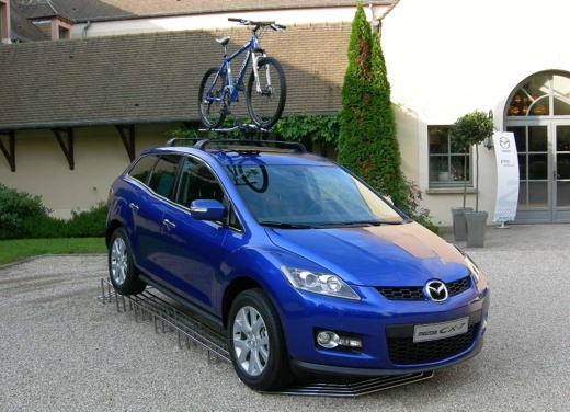Nuova Mazda CX-7 – Long Test Drive - Foto 9 di 57