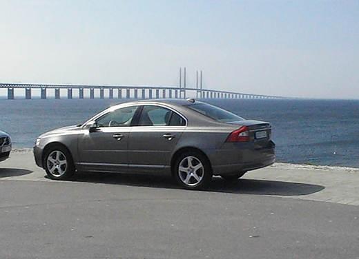 Volvo S80 4.4 V8 AWD – Test Drive - Foto 17 di 24