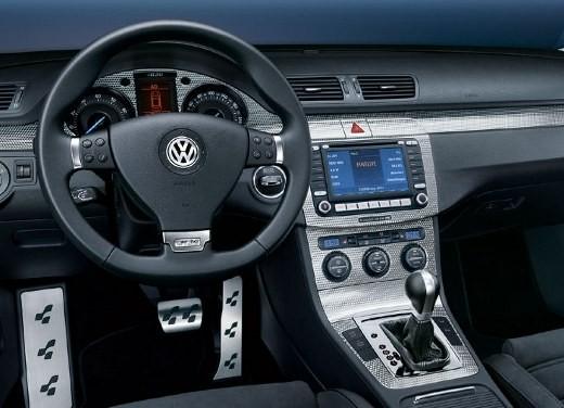 Volkswagen Passat R36 - Foto 8 di 11