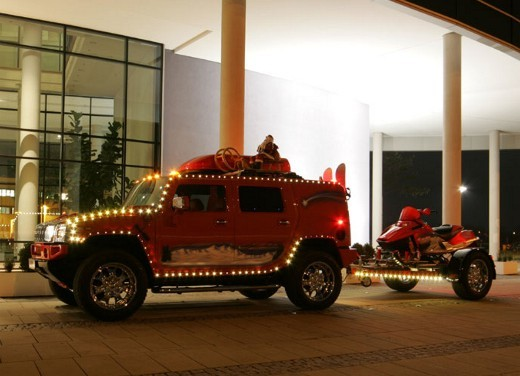 Hummer H2 Christmas by Geiger - Foto 4 di 10