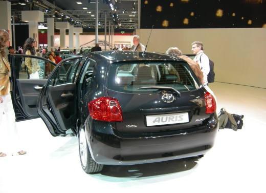 Toyota al Motor Show di Bologna 2006 - Foto 10 di 19