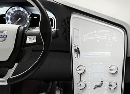 Volvo XC60 Concept - Foto 16 di 22