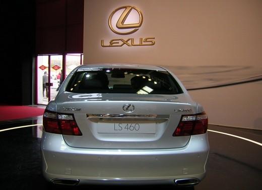 Lexus al Motor Show di Bologna 2006 - Foto 11 di 19