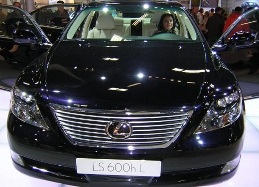 Lexus al Motor Show di Bologna 2006 - Foto 13 di 19