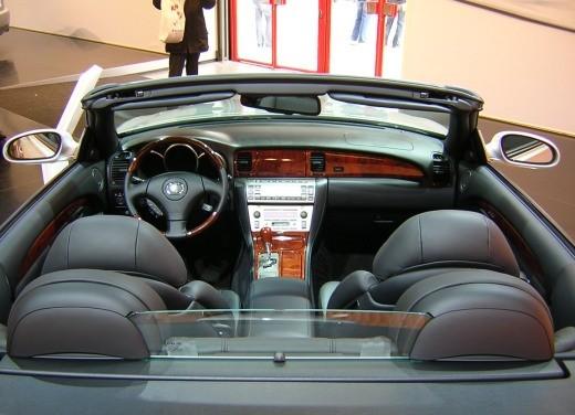 Lexus al Motor Show di Bologna 2006 - Foto 16 di 19