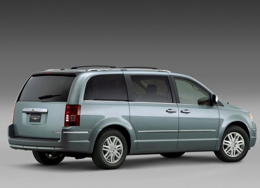 Ultimissima: Chrysler nuovo Voyager 2008 - Foto 9 di 21