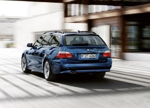 BMW Serie 5 Facelift - Foto 9 di 18