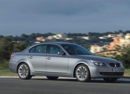 BMW Serie 5 Facelift - Foto 2 di 18