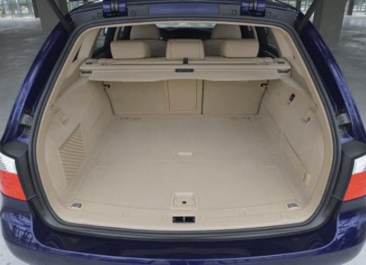 BMW Serie 5 Facelift - Foto 18 di 18