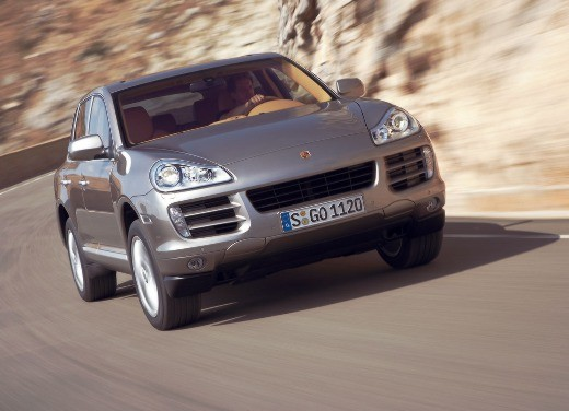 Porsche Cayenne Facelift – Video - Foto 17 di 23