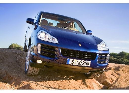 Porsche Cayenne Facelift – Video - Foto 3 di 23