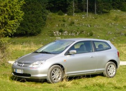 Honda Civic 1.6 VTEC 3p ES: Test Drive - Foto 7 di 7