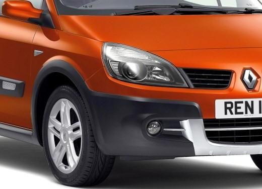 Renault Scenic Conquest - Foto 14 di 20