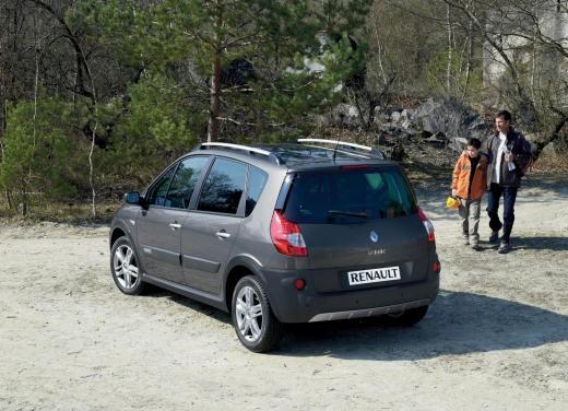 Renault Scenic Conquest - Foto 19 di 20