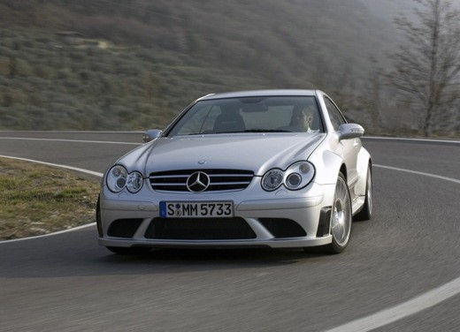 Ultimissime: Mercedes CLK 63 AMG Black Edition - Foto 1 di 9