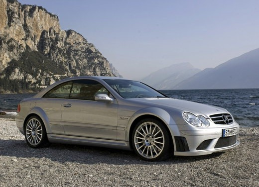 Ultimissime: Mercedes CLK 63 AMG Black Edition - Foto 2 di 9