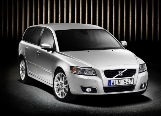 Volvo V50 facelift – Long Test Drive - Foto 1 di 54