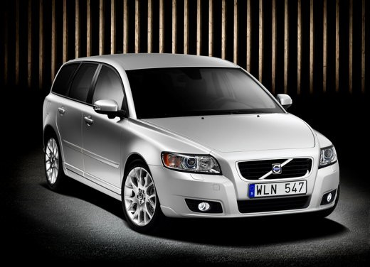 Volvo V50 facelift – Long Test Drive - Foto 36 di 54